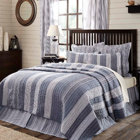Cape Cod Luxury King Quilt 105x120